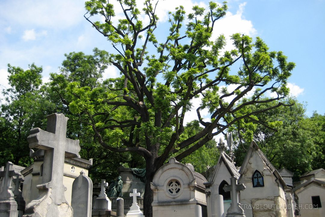 Pere Lachaise is one of the best unusual things to do in Paris