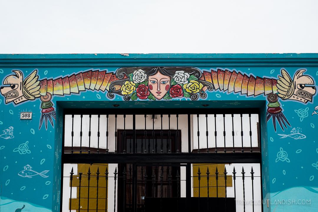 Street Art in Lima - Mural by Zue