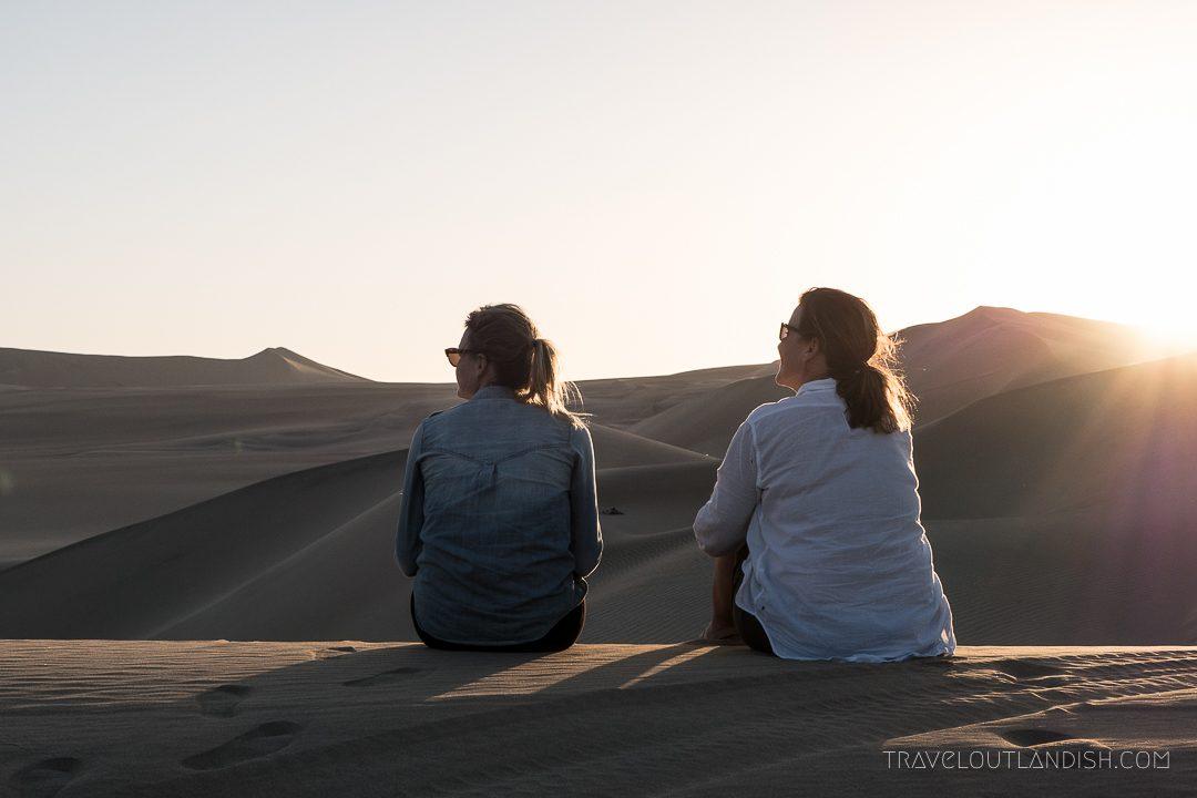 Dune Buggy Tour + Sandboarding in Huacachina - Sunet in Huacachina
