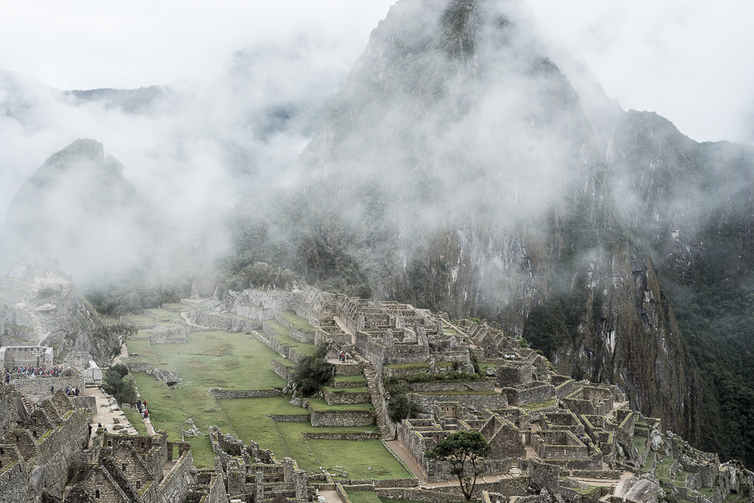 Machu Picchu v Choquequirao
