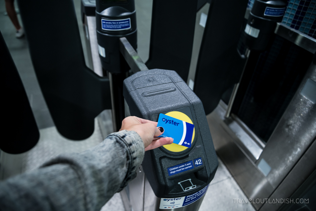 How to Use the London Underground - Oyster Card