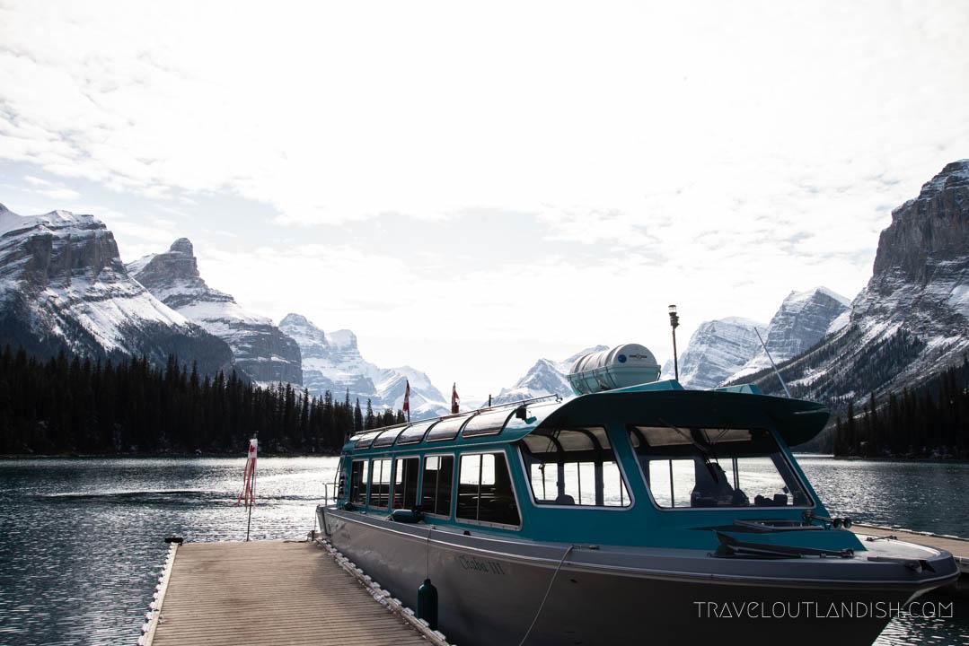 Maligne Lake Cruise to Spirit Island on Maligne Lake